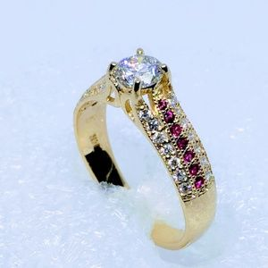 Jewelry - Beuty woman ring